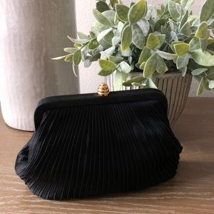 Handbags - Black Clutch/Crossbody